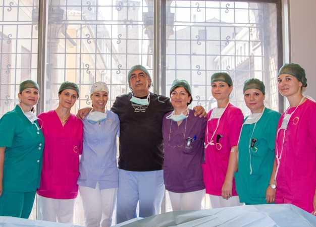 Dott. Carlo Alberto Pallaoro con personale infermieristico