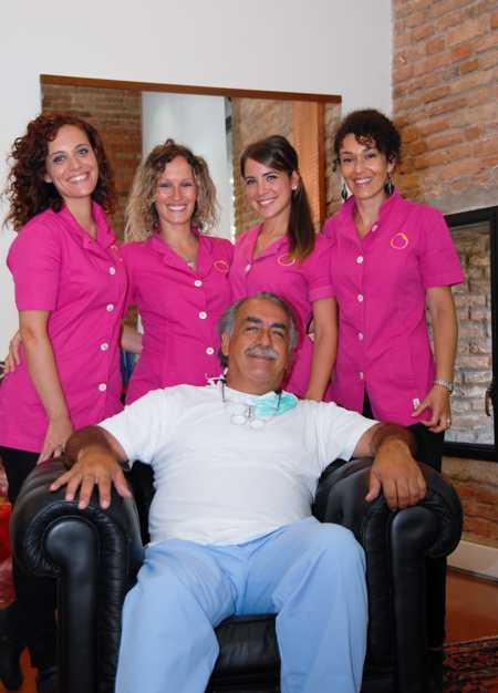 Dott. Carlo Alberto Pallaoro con il personale di segreteria